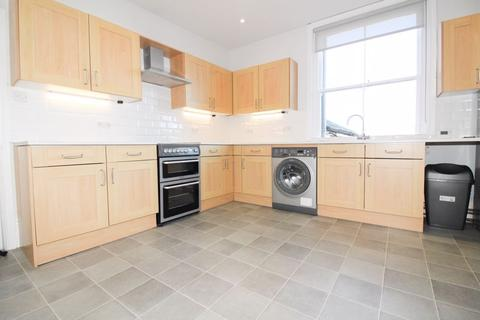 3 bedroom apartment to rent - Monson Road, Tunbridge Wells