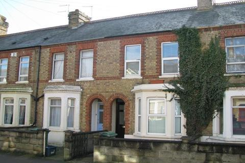 3 bedroom terraced house to rent - Howard Street, Oxford, OX4 3BE
