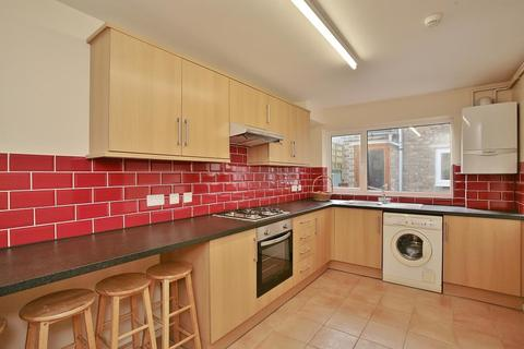 4 bedroom apartment to rent - Bullingdon Road, Oxford, OX4 1QN