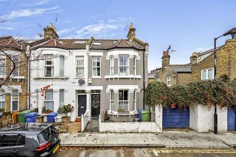 4 bedroom terraced house for sale - Dowlas Street, London SE5