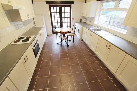 5 bedroom house to rent - Mauldeth Road West, Fallowfield, Manchester, M20