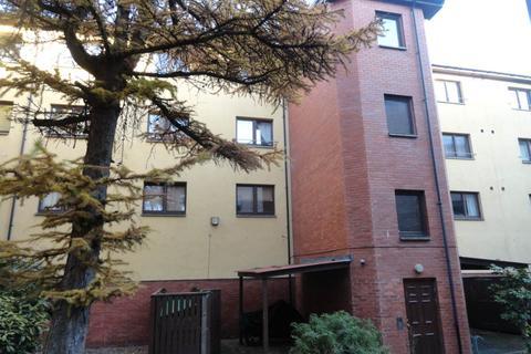 2 bedroom flat to rent - 14 Allan Lane, ,