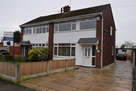 3 bedroom semi-detached house to rent - Carr Street, Leigh
