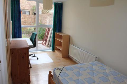 5 bedroom house to rent - Kingsdown, Bristol