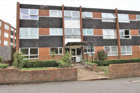 2 bedroom flat to rent - Heathdene, Chase Side, Southgate, N14