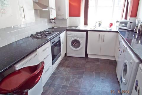 5 bedroom house to rent - Deramore Street, Manchester, M14