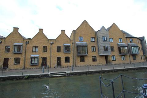 2 bedroom apartment for sale - Waterman Way, London