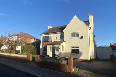 4 bedroom detached house for sale - Farndale Avenue, South Bents, Sunderland