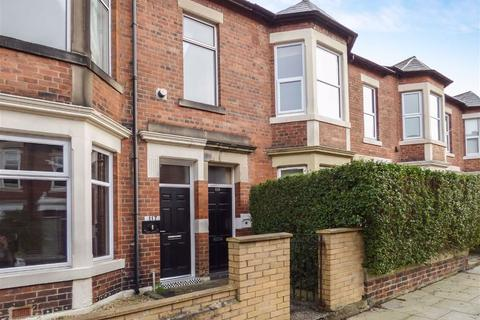 3 bedroom flat to rent - Sandringham Road, South Gosforth