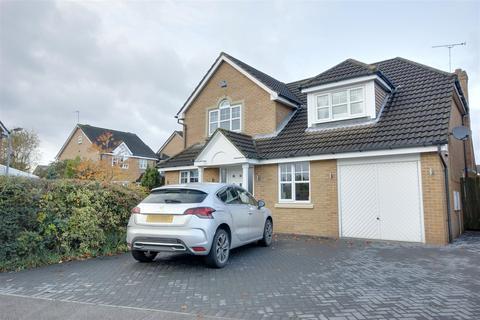 4 bedroom detached house for sale - Broadley Way, Welton