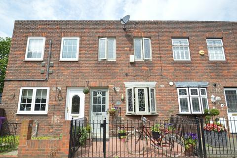 3 bedroom terraced house to rent - Ming Street, Poplar E14