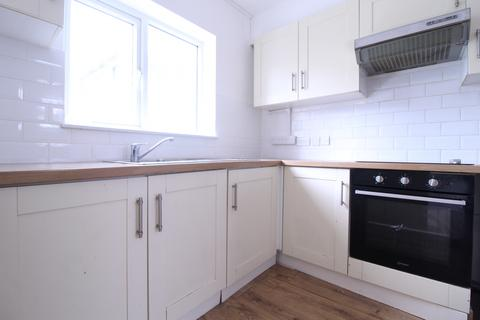 3 bedroom semi-detached house to rent - Albany Road, Enfield, EN3 5UF