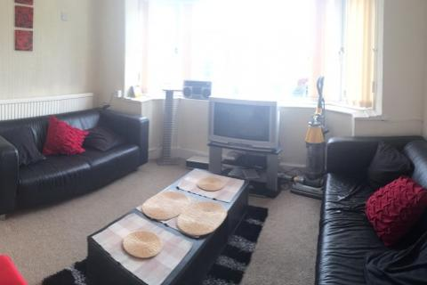4 bedroom semi-detached house - Crookesmoor Road, Crookesmoor, Sheffield S10