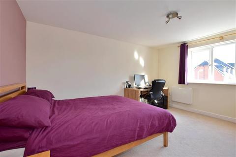 2 bedroom flat for sale - Richmond Meech Drive, Kennington, Ashford, Kent
