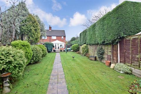 2 bedroom semi-detached house for sale - Vernon Close, West Kingsdown, Sevenoaks, Kent