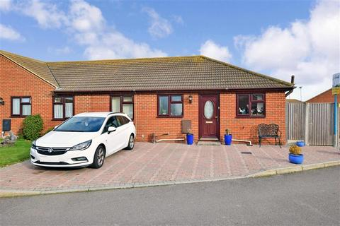 2 bedroom semi-detached bungalow for sale - Niwrim Way, Minster On Sea, Sheerness, Kent
