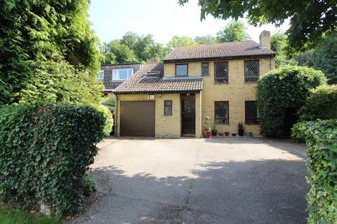 5 bedroom detached house for sale - Marlow Bottom