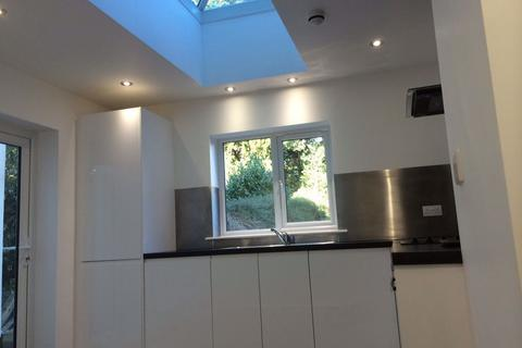 Studio to rent - Whitstable Road, Canterbury, CT2