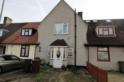 3 bedroom terraced house for sale - Downing Road, Dagenham RM9