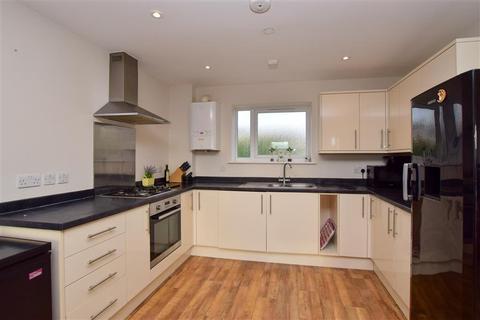 3 bedroom semi-detached house for sale - Mile Oak Road, Portslade, East Sussex