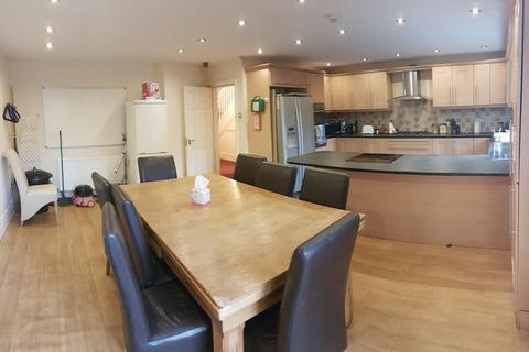 10 bedroom terraced house to rent - Kingswood Road, 10 Bed, Fallowfield, Manchester