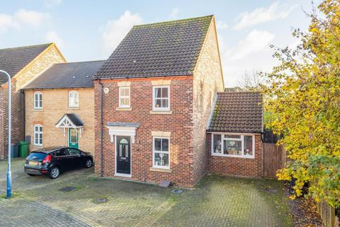 3 bedroom semi-detached house for sale - Freshland Road, Maidstone, ME16