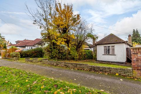 3 bedroom detached bungalow for sale - Church Avenue, Pinner, Middlesex HA5