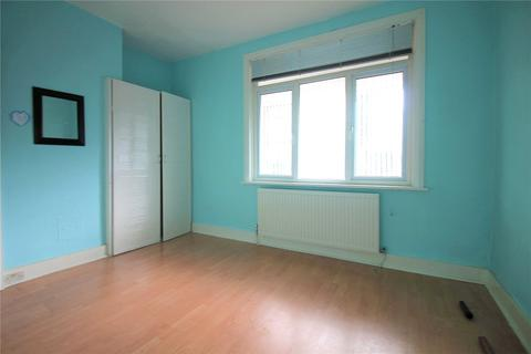 2 bedroom maisonette to rent - Queens Avenue, Greenford, UB6