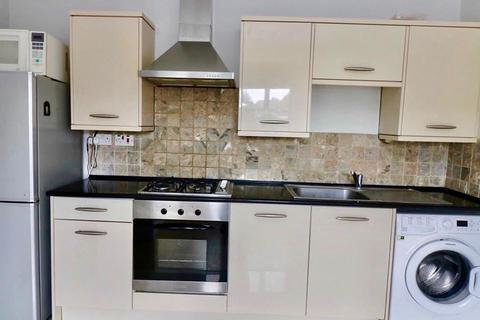 1 bedroom apartment to rent - Blenheim crescent , luton LU3