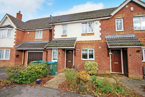 3 bedroom semi-detached house for sale - Rivets Close, Aylesbury, Buckinghamshire