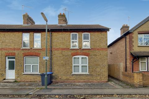 3 bedroom semi-detached house to rent - Railway Terrace, Staines Upon Thames
