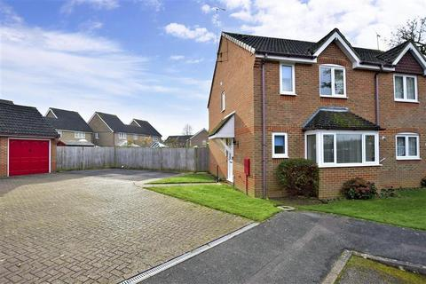 3 bedroom semi-detached house for sale - Chaffinch Close, Burgess Hill, West Sussex