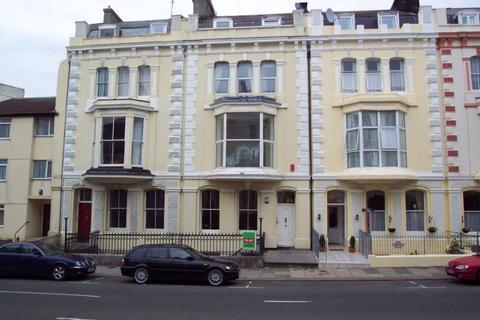 2 bedroom flat to rent - Citadel Road, The Hoe
