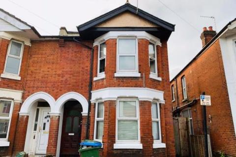 5 bedroom semi-detached house to rent - The Polygon, Southampton