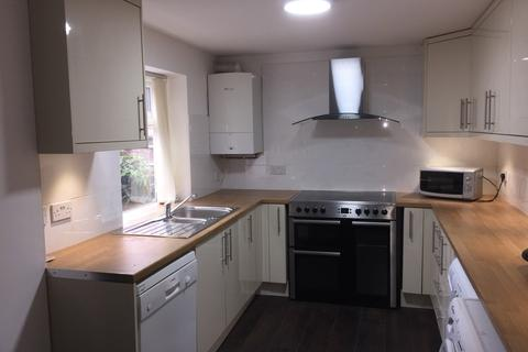 7 bedroom terraced house to rent - Moseley Road, Fallowfield