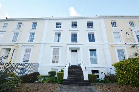 1 bedroom flat to rent - Grove Place, FALMOUTH