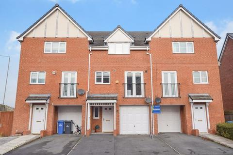 3 bedroom townhouse for sale - Rivenmill Close, Widnes