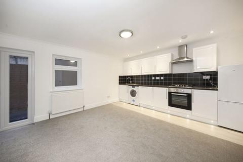 2 bedroom apartment for sale - Brookhill Road, Woolwich, SE18