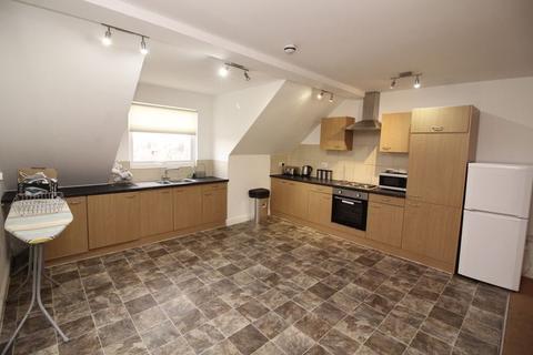 3 bedroom apartment to rent - Bentinck Road, Newcastle Upon Tyne