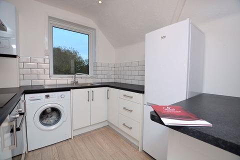2 bedroom maisonette to rent - Powney Road, Maidenhead