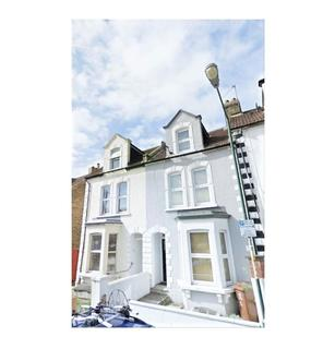 3 bedroom terraced house to rent - Grove Road, Rochester