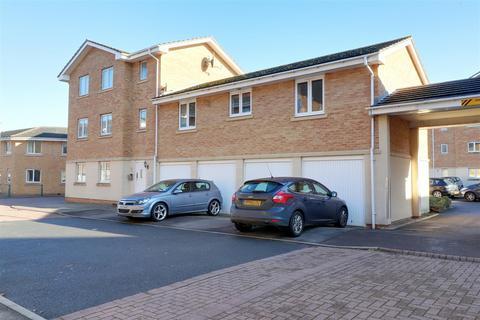 2 bedroom coach house for sale - Lloyd Close, Cheltenham