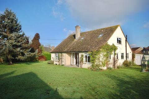 4 bedroom detached bungalow to rent - March Lane, Galhampton