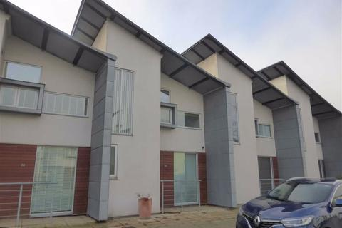 3 bedroom house to rent - Lloyd Wright Avenue, Beswick, Manchester
