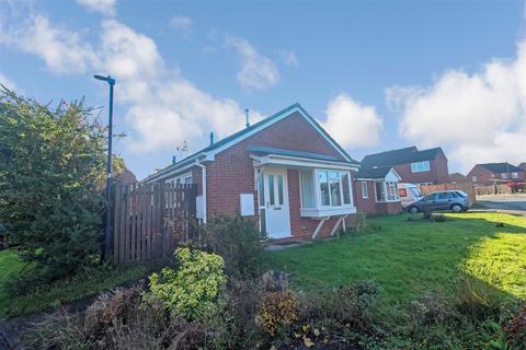 2 bedroom semi-detached house for sale - Moncrieff Drive, Leamington Spa