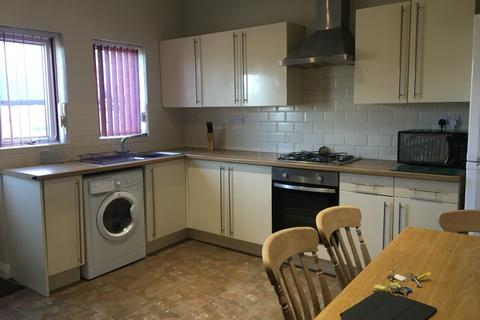 3 bedroom flat to rent - Glossop Road, Sheffield