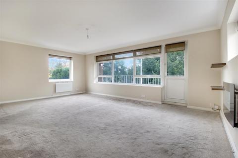 2 bedroom flat for sale - Village Road, Enfield
