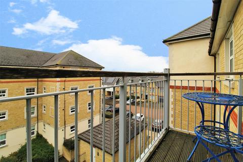 2 bedroom flat for sale - Weir Road, Bexley