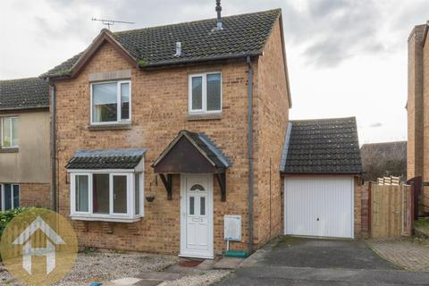 3 bedroom semi-detached house for sale - Orchard Mead, Royal Wootton Bassett