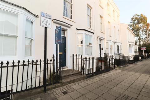 1 bedroom flat to rent - Portland Place East, Leamington Spa